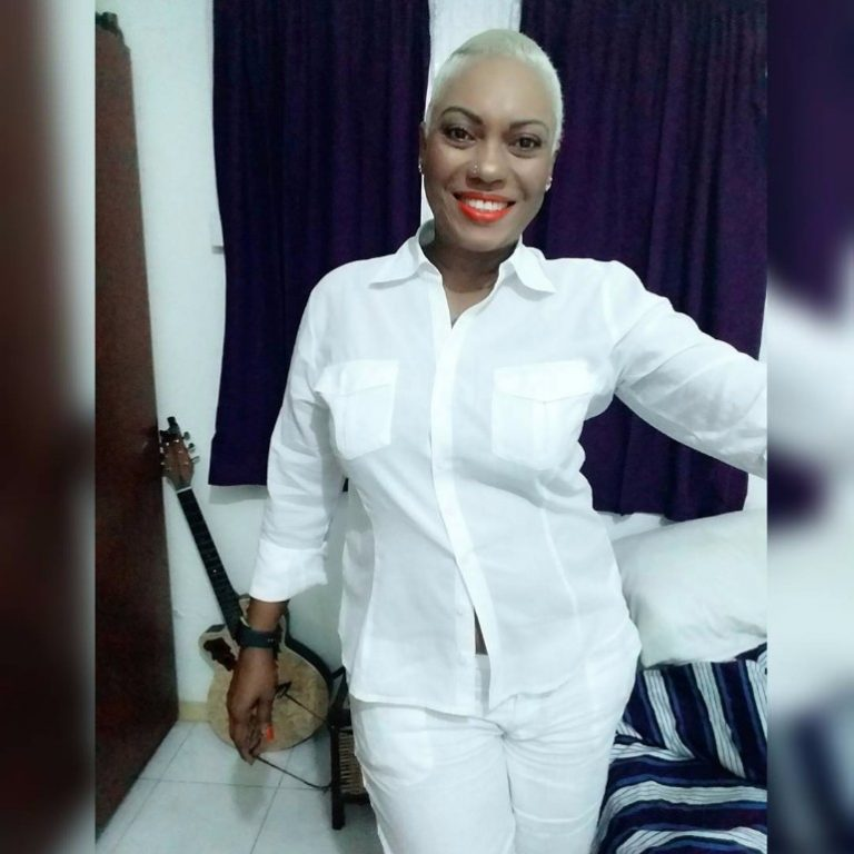 Looking Hot? - Pascaline Edwards Unveils New Hair