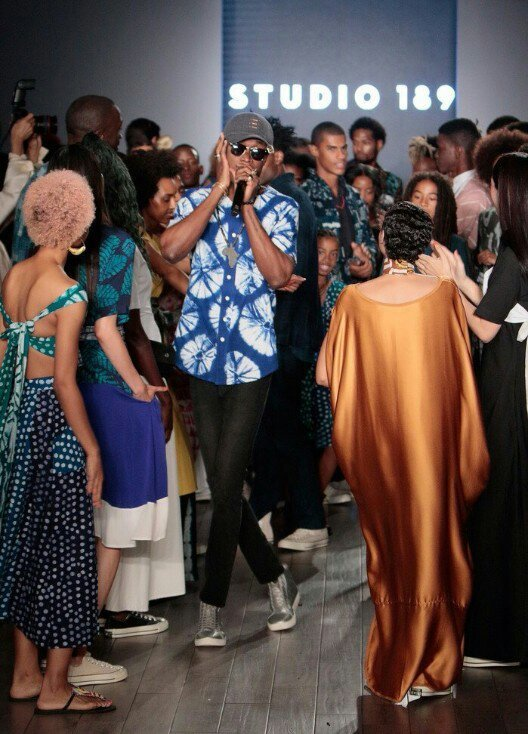 E.L Thrills Fans At New York Fashion Week