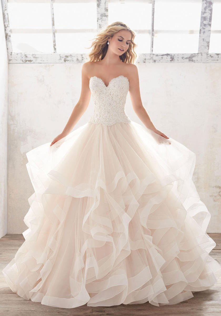 A Line Wedding Dresses Are Ed To The Waist And Then Flow Naturally Floor Knot Can Help You Find An Dress In Many Diffe