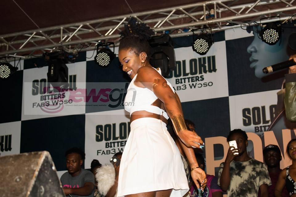 Photos: Ebony Thrills Fans At Concert