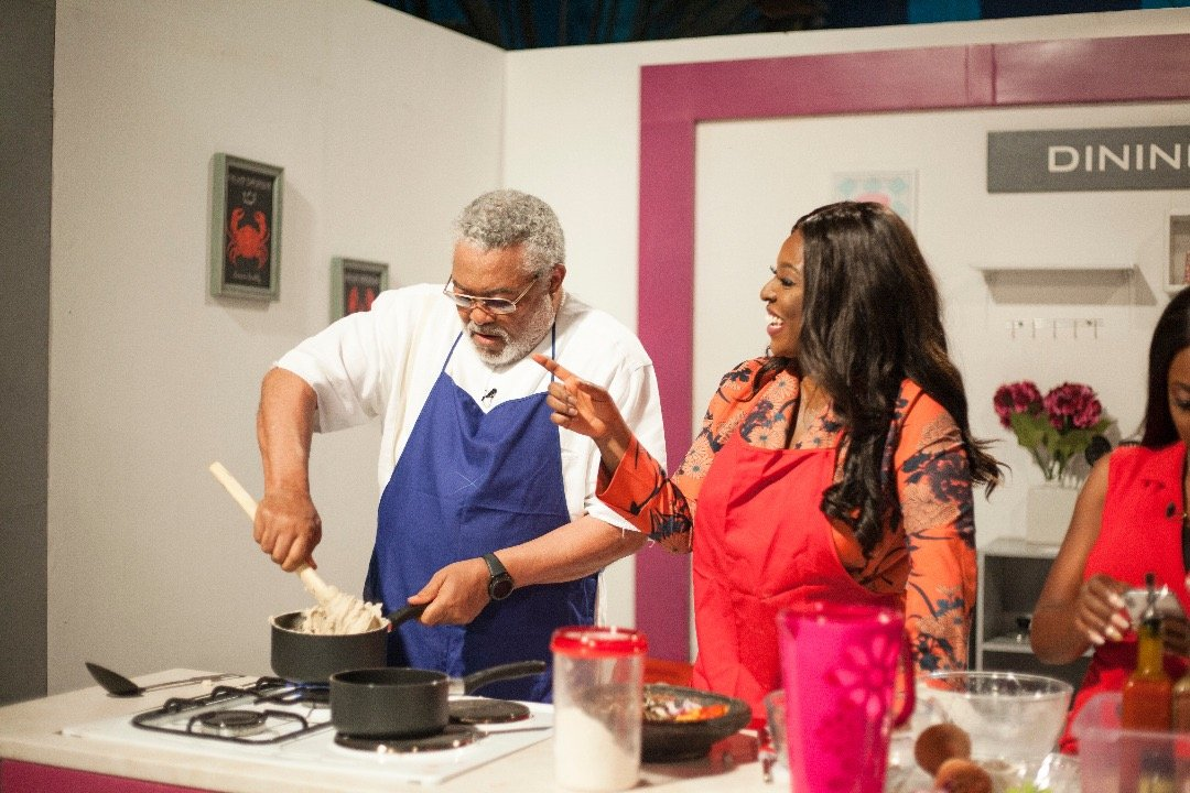 Photos: Ex President Rawlings Shows Cooking Skills On Yvonne Okoro's TV Show
