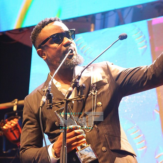 Sarkodie Wins Award At Soundcity MVP Awards