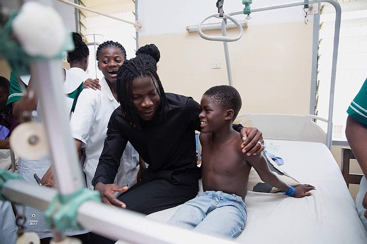 Image result for stonebwoy hospital donation