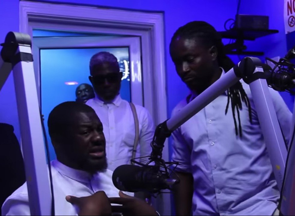 (Video) Zylofon FM Throws Out A Panelist From Live Studio Discussion
