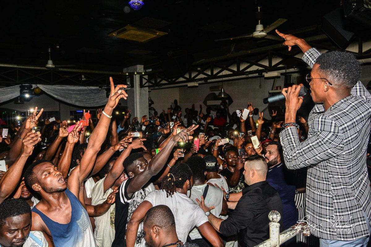 (Photos + Video) Kofi Kinaata Sets Italy 'Ablaze' With 2nd Europe Tour