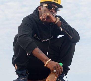 Shatta Wale Accepts Hammer's Request To Sell 1m Copies Of His 'Reign' Album
