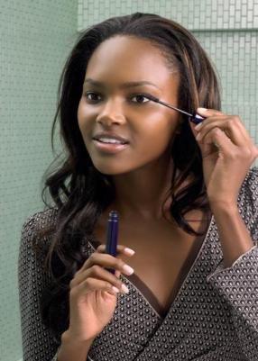 5 Common Mascara Mistakes To Avoid
