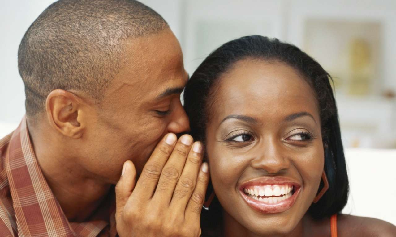 7 Things You Should Be Telling Her Other Than 'I Love You'