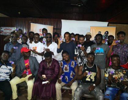 Akoo Nana Gifts 50 Artistes Zylofon Cash Cards