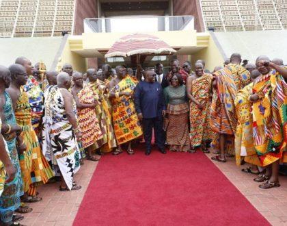 Asantehene, Otumfuo Osei Tutu II Paid Courtesy Call On President Nana Addo