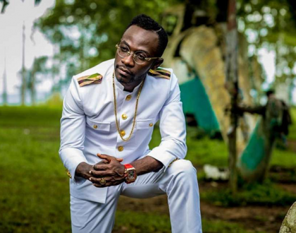 Leave Medikal And Fella Makafui To Have Fun, They're Young – Okyeame Kwame