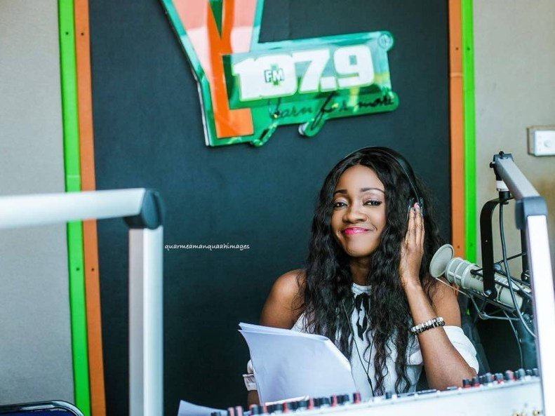 I Make A Lot Of Cash Than Most Celebs – Caroline Sampson