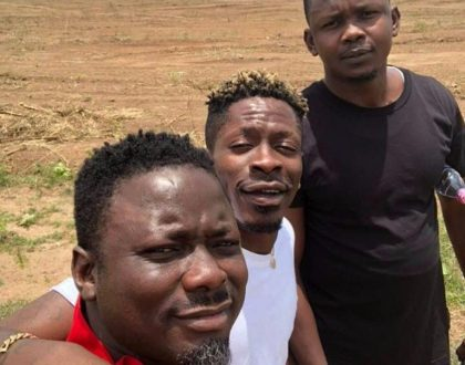 Shatta Wale Is A Pathetic Liar ─ Stonebwoy's Manager