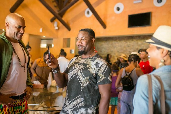 Hollywood Stars Get A Taste Of Ghana At Royal Senchi