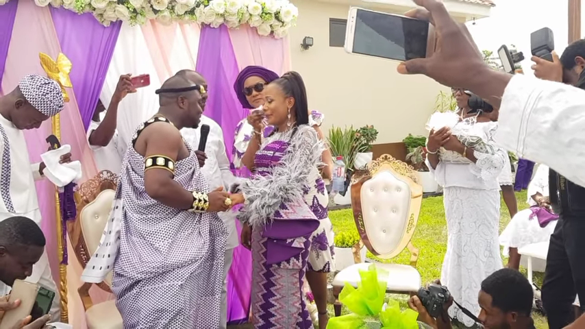 Dr Paa Kwesi Nsuom Sings At Rev Nana Perbi's Wedding