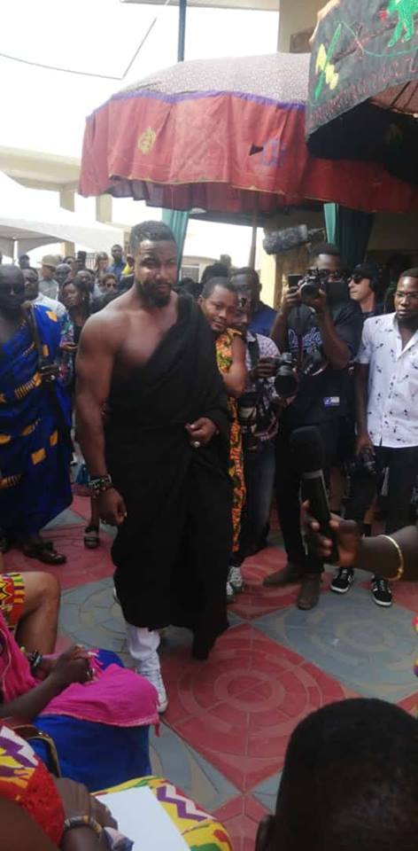 Hollywood Actor, Micheal Jai White Enstooled As Chief In Ghana(PHOTO)