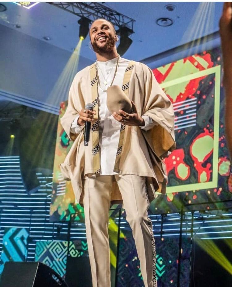 Jidenna Wears Ghanaian Brand 'Smully Wear'