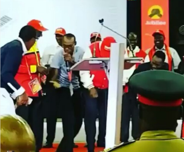 This video of Dr. Ofweneke trying to teach Uhuru how to Shoki is the most hilarious thing you'll see today