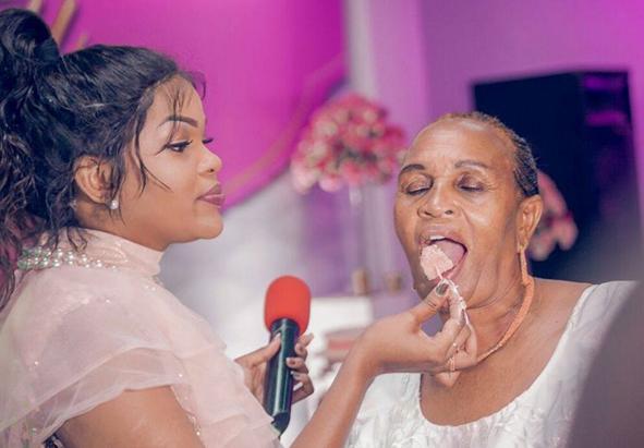 Wema sepetu with her mum