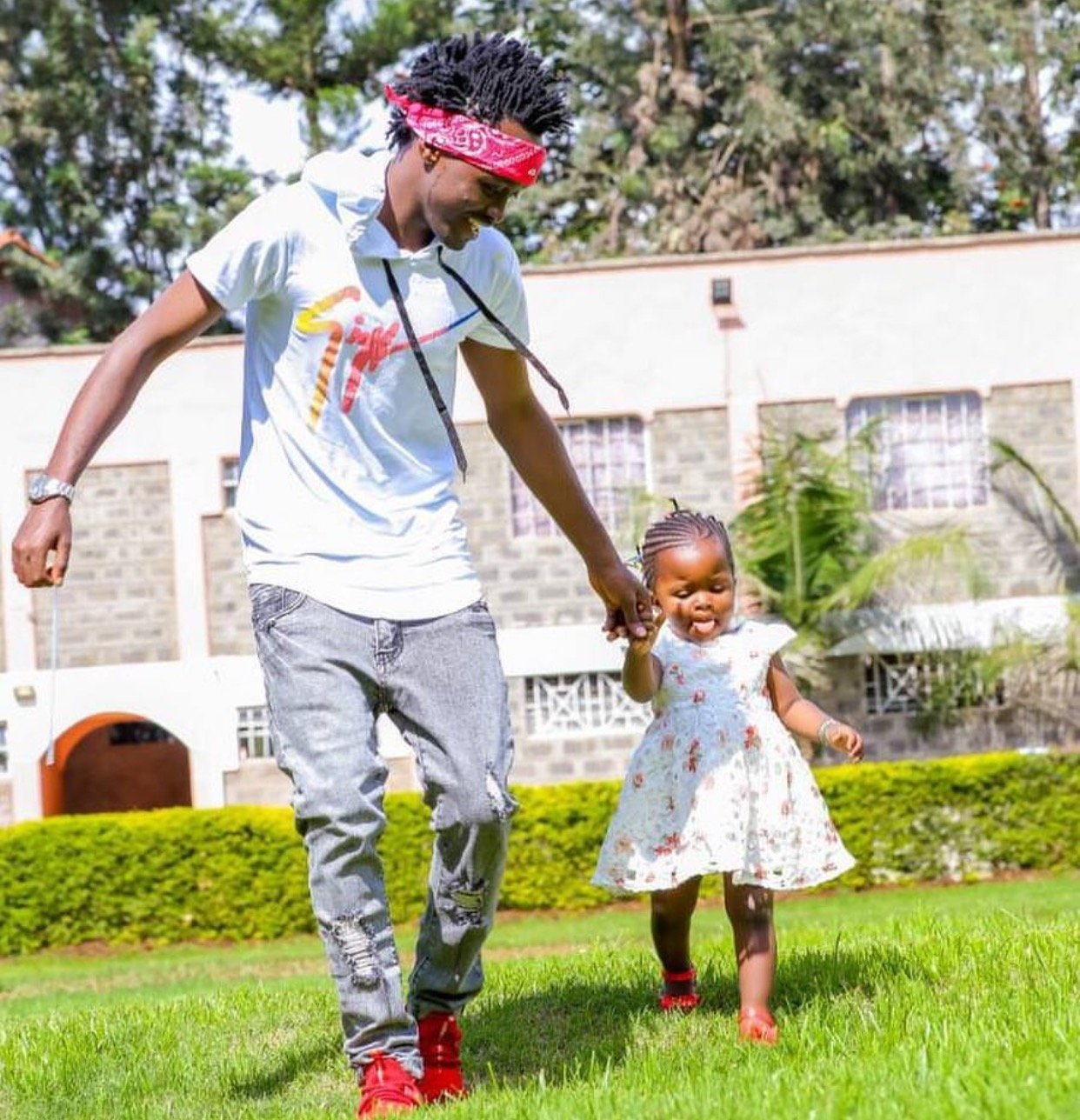 Bahati's girlfriend attacked by his baby mama's friend after sharing a photo of the little girl