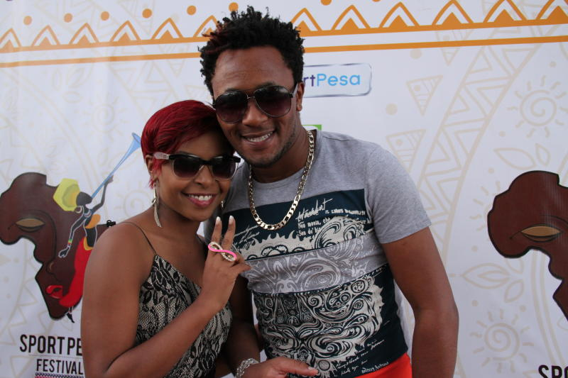 Size 8 with DJ Mo