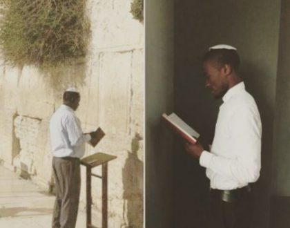 Kenyans on social media take up #thewailingwallchallenge after Raila's visit to Jerusalem