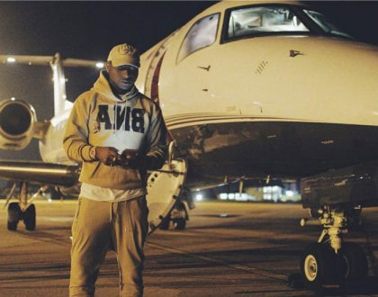 Davido ditches his private jet to fly Kenya Airways alongside former K24 anchor Karen Knaust (Photos)