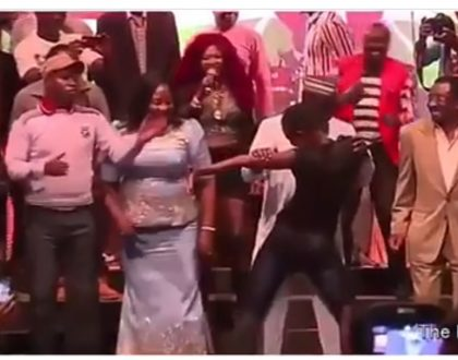 Baba ameNasa! Kenyans on social media go wild after video of an unknown lady dancing on Raila Odinga emerges online