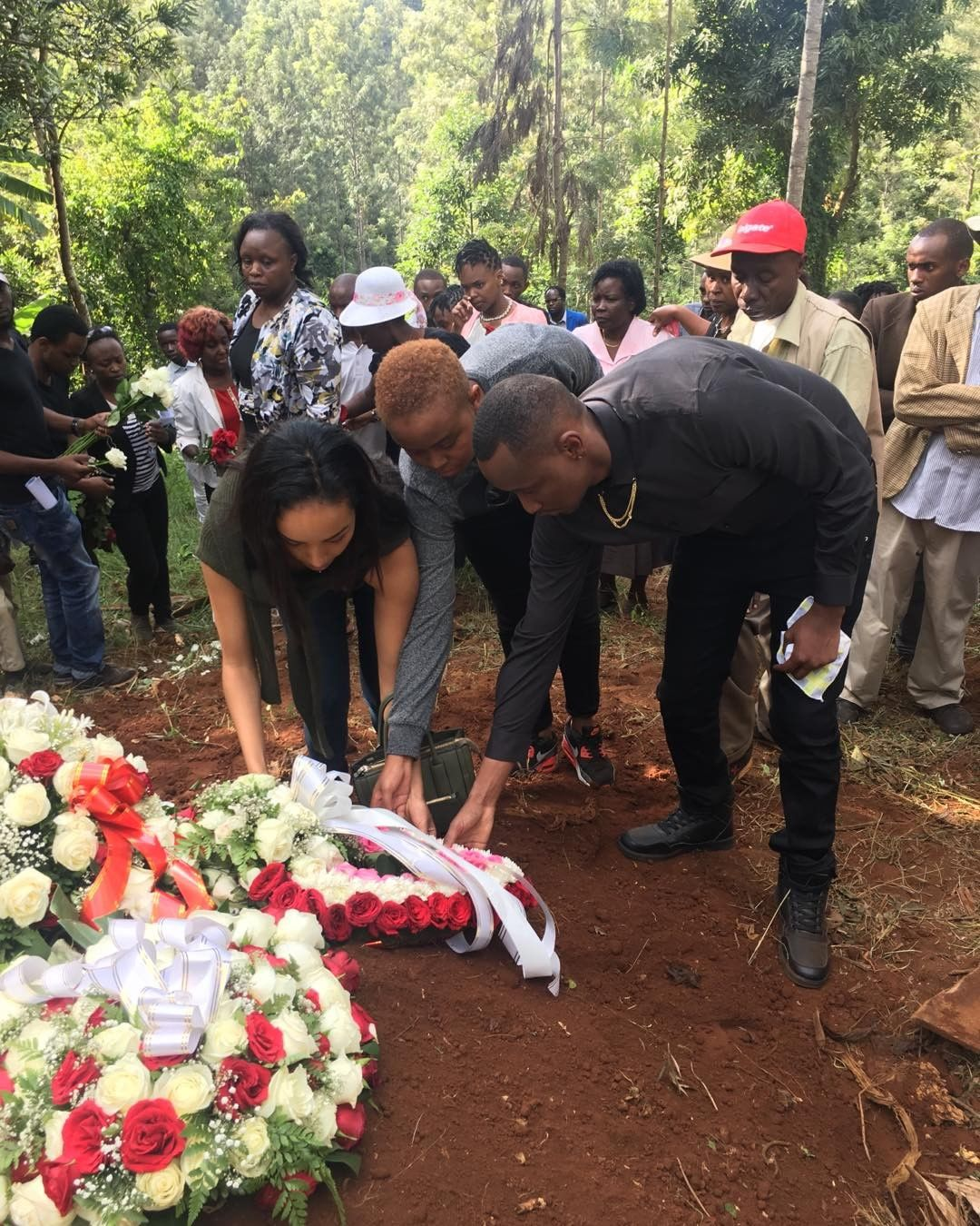 Teen Republik's host shares photos from his late mum's funeral