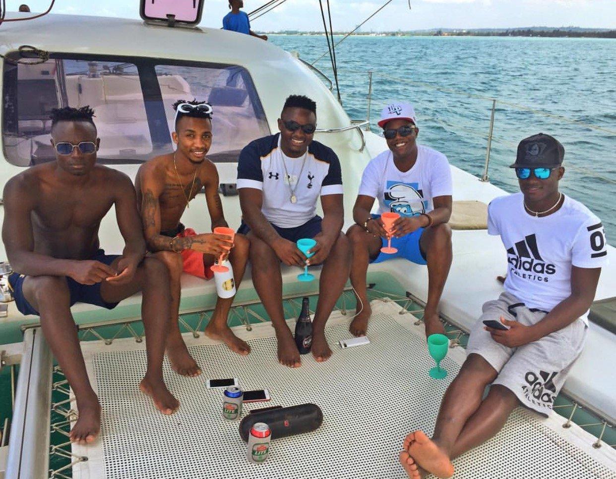 Pesa Otas! Victor Wanyama flies his friends to Tanzania for a 'boys Vacation' (Photos)