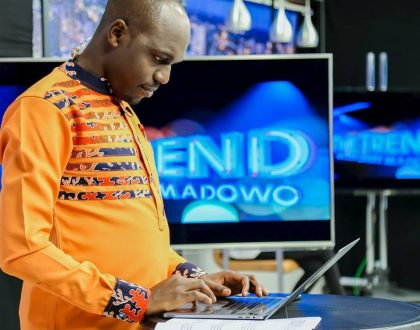 'Shinda ukipiga picha kwa ndege tu' Larry Madowo adviced to get a wife like his age mates