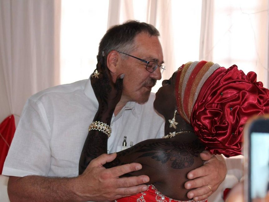 Nyota Ndogo and husband show acres of skin after stepping out in these tiny swimming attires