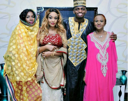 Diamond Platnumz and his mum fly to Uganda to visit Zari's family after losing their mother (Photos)