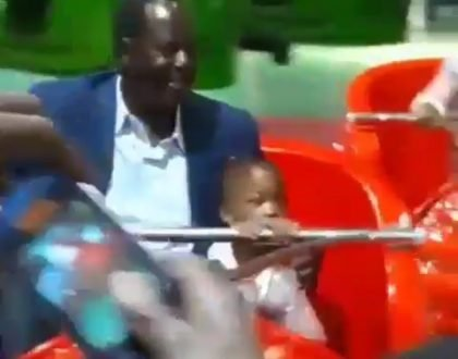 Crowd goes wild after spotting Raila Odinga enjoying himself at a children's playing ground (Video)