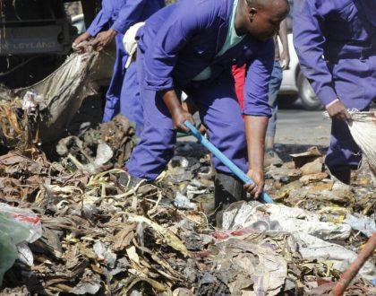 Nairobi governor Mike Sonko deploys hundreds of Youths to clean up Nairobi City (Photos)