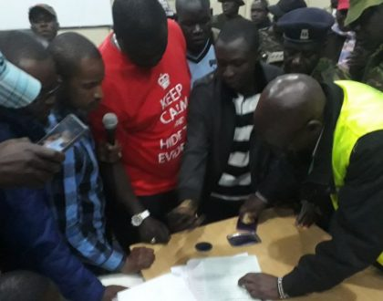 That moment Babu Owino held returning officer hostage after his winner certificate went missing (Photos)