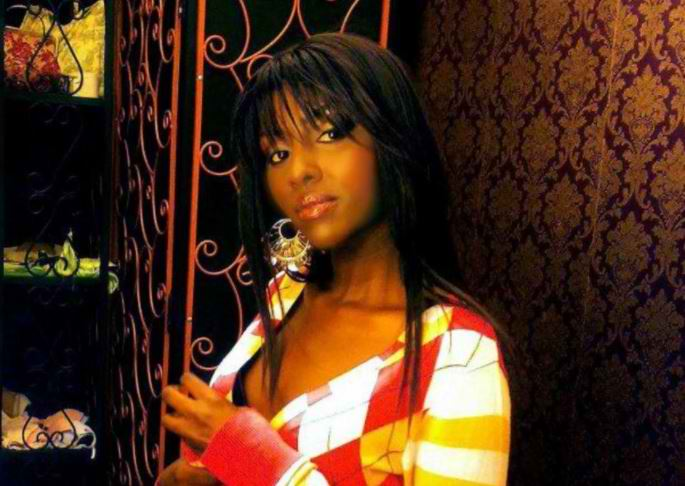 Former Kenya singer drowning in liquor a few weeks after leaving rehab, she needs help!