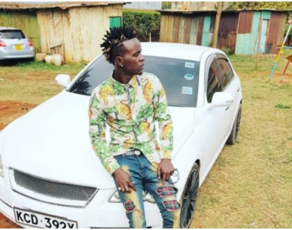 """""""Joseph left his coat with Potiphar's wife na hajawahi tusumbua"""" Hilarious reactions after Willy Paul gave a fan his coat"""