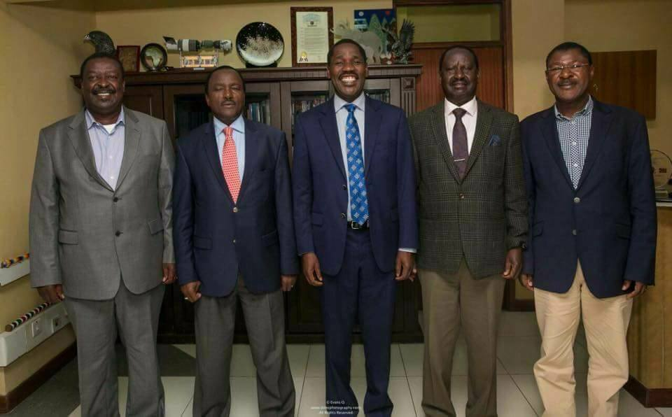 Raila defends Munya after their short political marriage