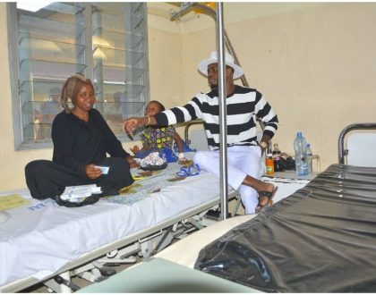 Mothers and newborn babies delivered at Dar es Salaam hospital reap big from Diamond's donations (Photos)