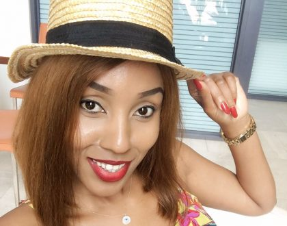 Team mafisi goes crazy after Ebru Tv's new anchor, Doreen Gatwiri shows off her hips in this tiny skirt