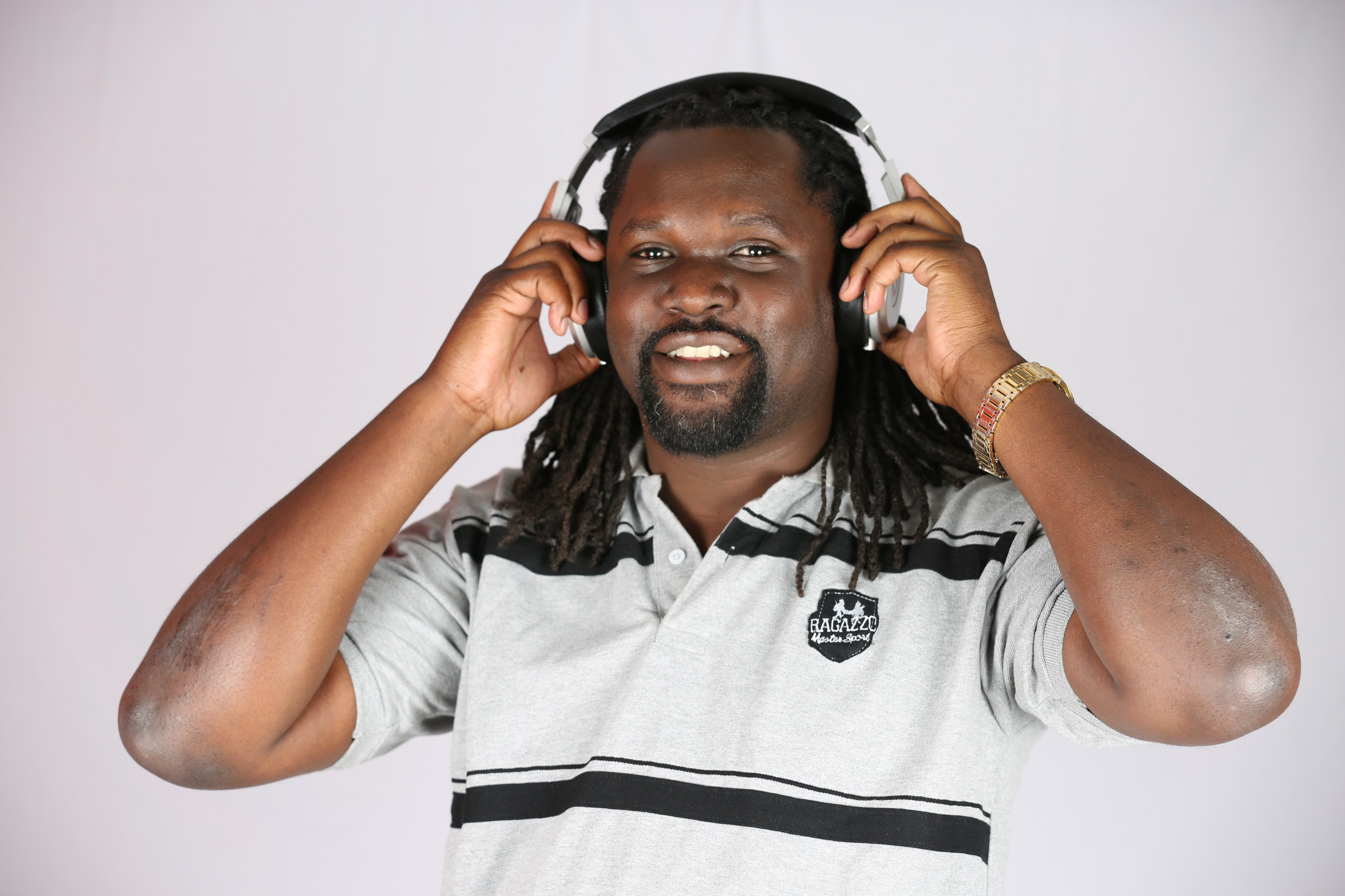 Nick Odhiambo shows off his beautiful daughter(photos)