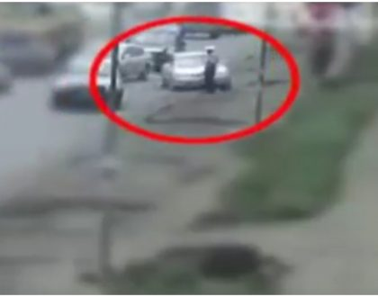 """""""He's been sleeping with my wife"""" Man caught on CCTV ramming into a traffic police officer explains his action"""