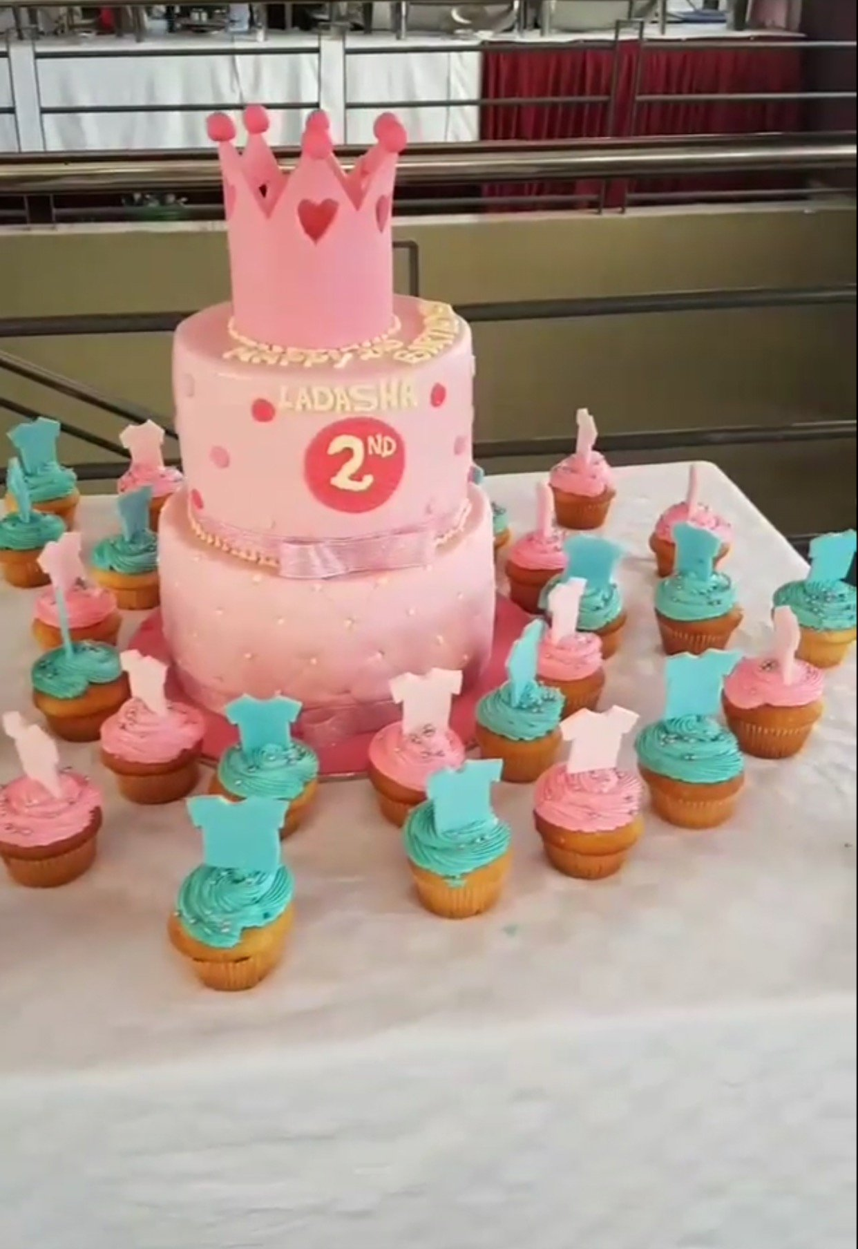 Like A Boss Baby Check Out The Delicious Looking Birthday Cake Size