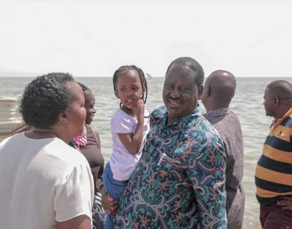 Raila Odinga wows many after photos of him spending time with his granddaughters emerged online