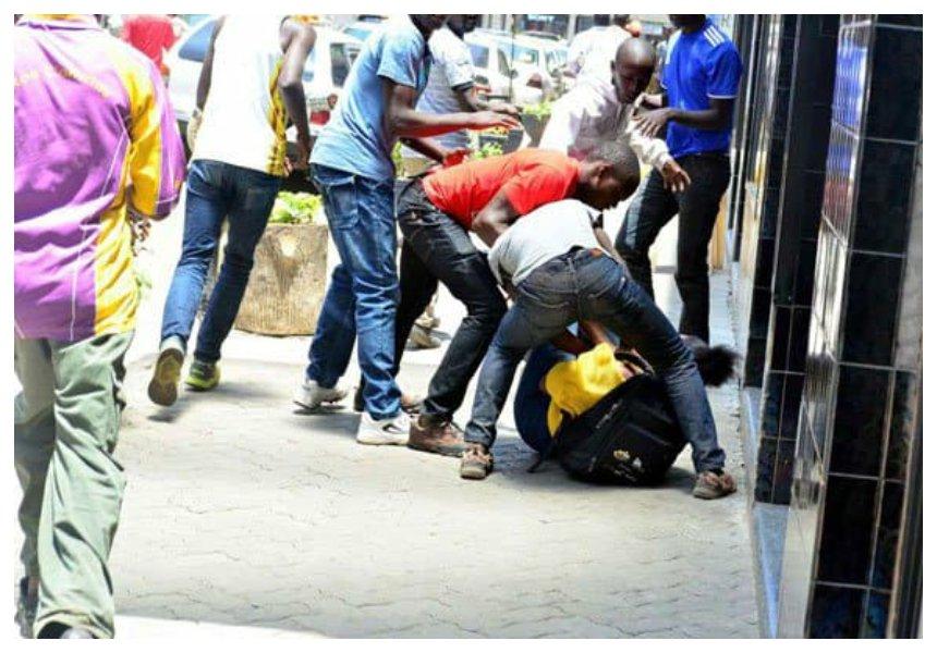 """Mwizi ni mwizi!"" Kenyans tell off Boniface Mwangi for defending youths shot dead for mugging people in the CBD"