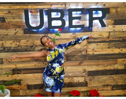 Uber delivers Valentine's Day hampers for free to people's offices and residential homes (Photos)