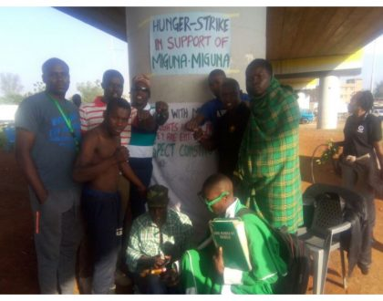 More Kisumu residents join hunger strike to protest Miguna's illegal deportation (Photos)