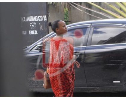 Usafi tu! Elizabeth Lulu arrives at the Interior Ministry building for her first day of community service (Photos)