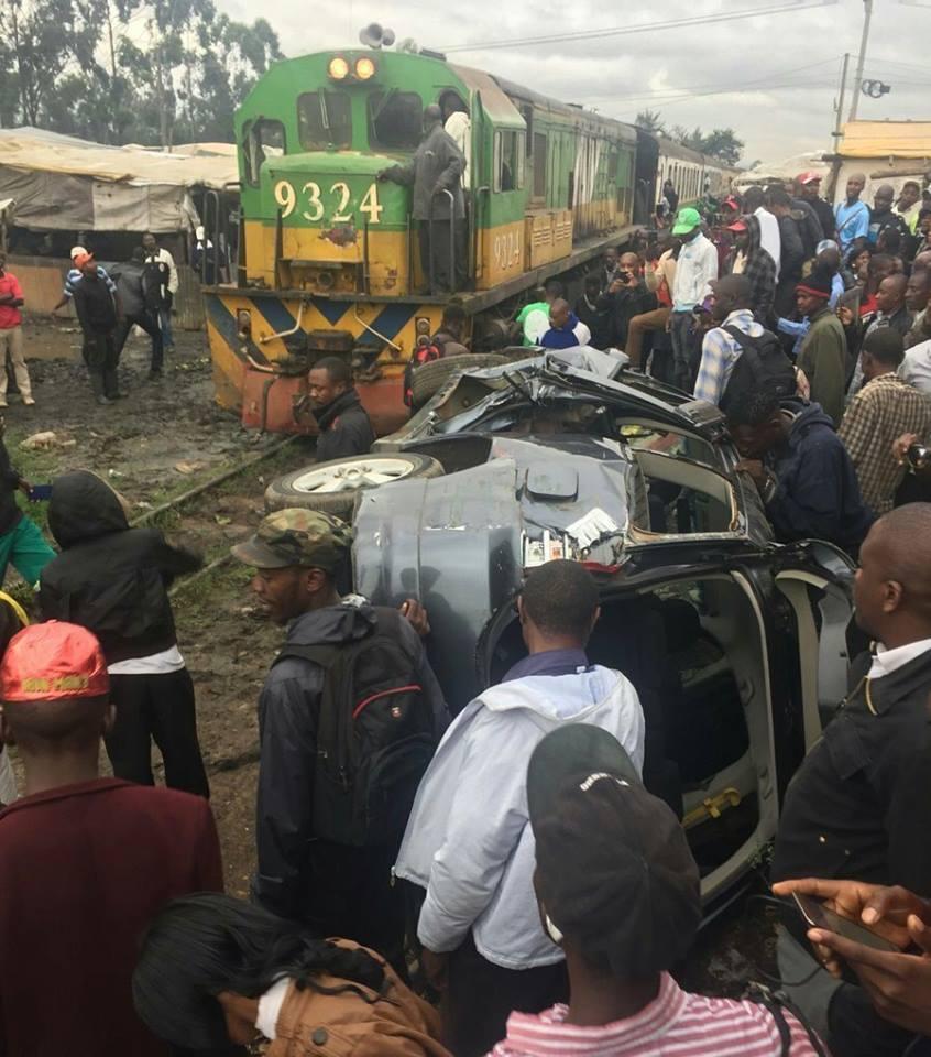 Kenya: Two Unhurt as Trains Hits Their Vehicle in Nairobi